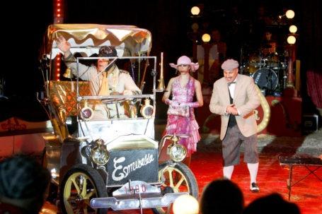 Een zeer gevarieerde jubileumshow heeft Circus Royal. (Foto: Thymen Stolk)