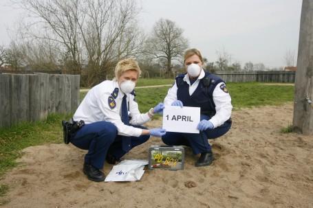 ... Gratis huis-aan-huis-krant voor Dordrecht, Zwijndrecht en Papendrecht: www.dordtcentraal.nl/actueel/dna-uit-hondendrollen-1-april-grap