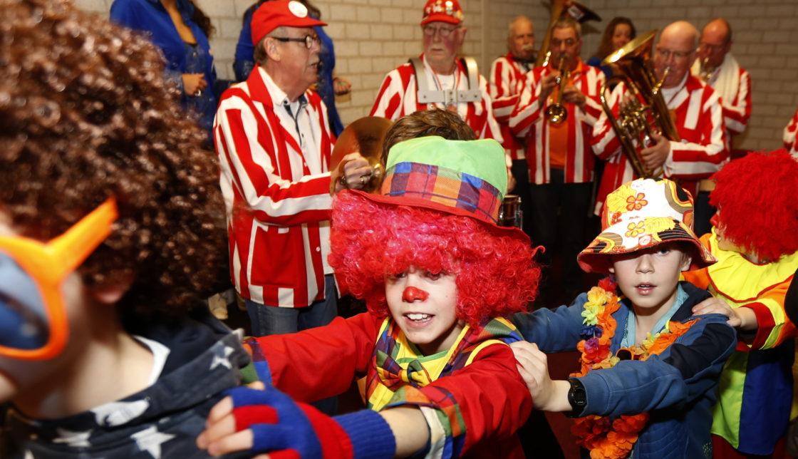 Video Carnaval In Stadpolders Dordtcentraal Gratis
