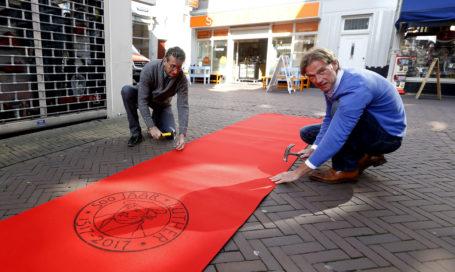 Rode loper voor luther dordtcentraal gratis huis aan huis krant voor dordrecht zwijndrecht - Foto rode loper ...