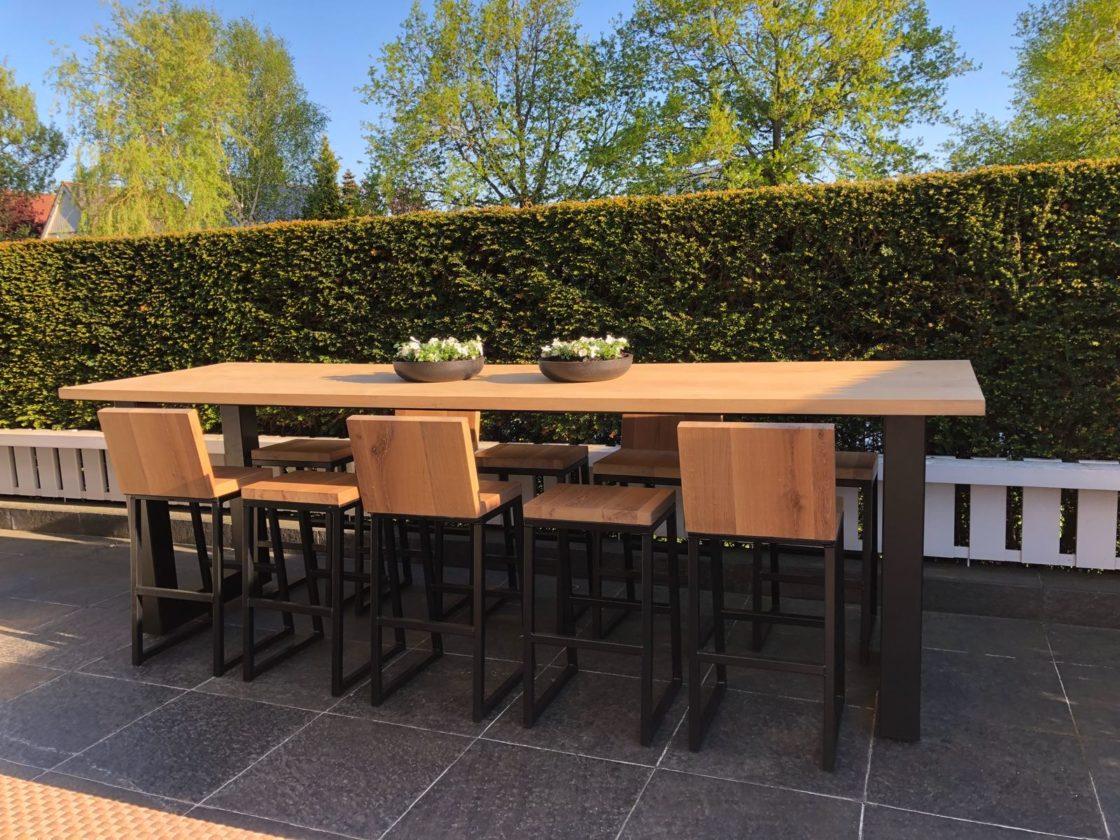 Dé verrijking voor je tuin een eikenhouten tafel dordtcentraal