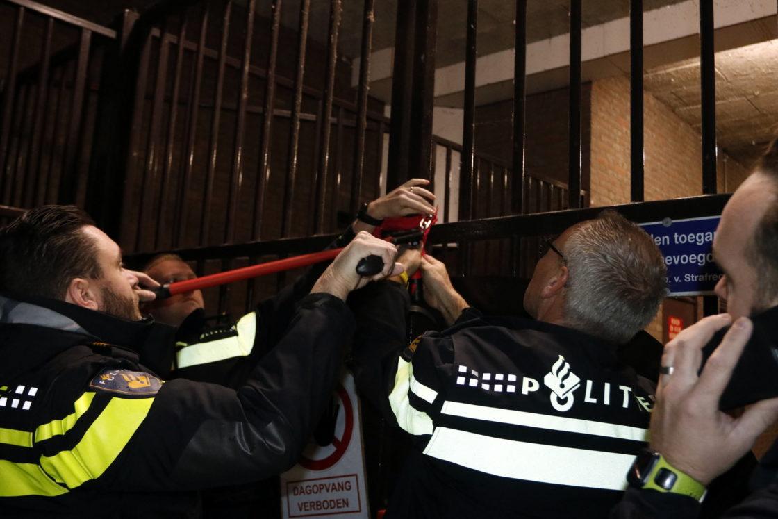 Veren In Huis : Video: omwonenden in actie tegen dagopvang kromhout dordtcentraal