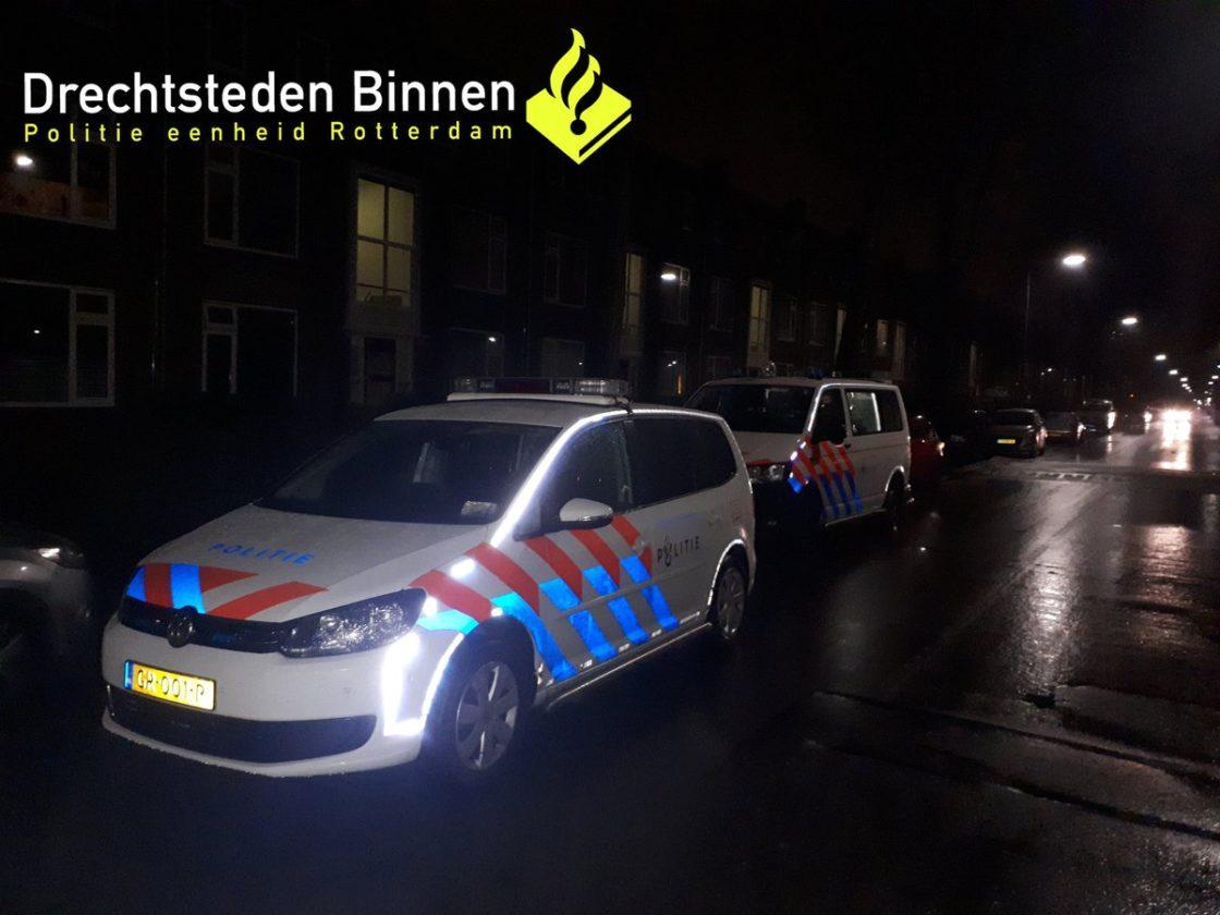 Man Brengt Verjaardag Door Op Politiebureau Dordtcentraal Gratis